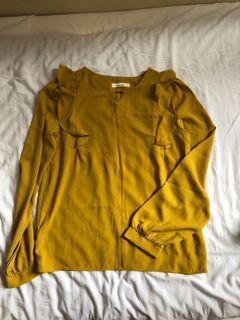 芥末暗黃上衣