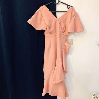 粉色氣質洋裝