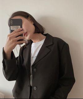 (全新) 短版質感西裝外套 mouggan 短版西外 黑色西裝 面試西裝 大饅大力