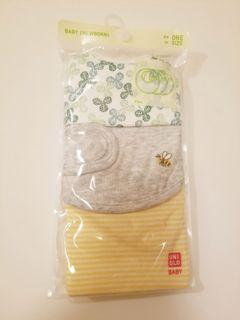 全新 Uniqlo Baby 初生嬰兒口水肩 一套三件裝