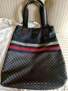 Authentic Gucci Tote Bag Italy Made - Good Condition - FREE SHIPPING
