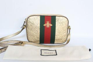 Authentic Super Cute Gucci Bee Butterfly Camera Bag in Gold