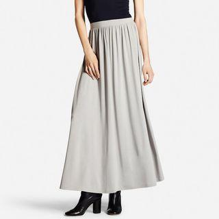 Authentic Uniqlo maxi skirt in grey