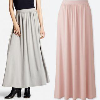 Authentic Uniqlo maxi skirt in baby pink