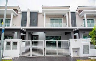 Bangi Double Storey Terrace House 22x70 Free All legal Fee, Free MOT, [Last Unit, first come first serve]