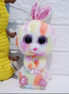 Boneka mabel kelinci mata belo ty