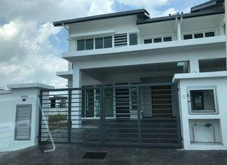 Corner Lot Extra 30ft Freehold 0% Downpayment Gated & Guarded, Superlink House 24x70