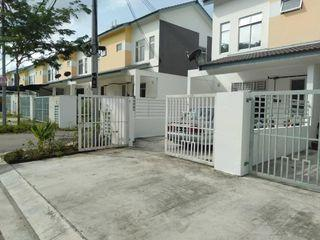 Double Storey, Dato Onn, Deposit, Below Market Rental, RM1200