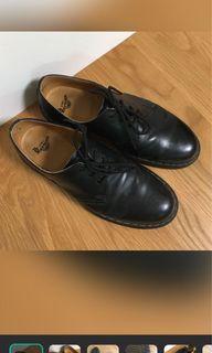 Dr. Martens 馬汀黑色低筒三孔1461/皮鞋/龐克/二手/89成新