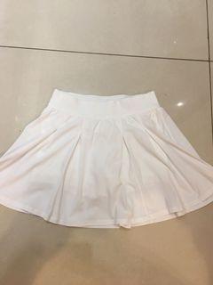 lululemon 女生運動褲裙6號