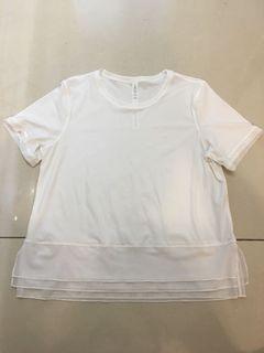 lululemon 女生短袖上衣 6號