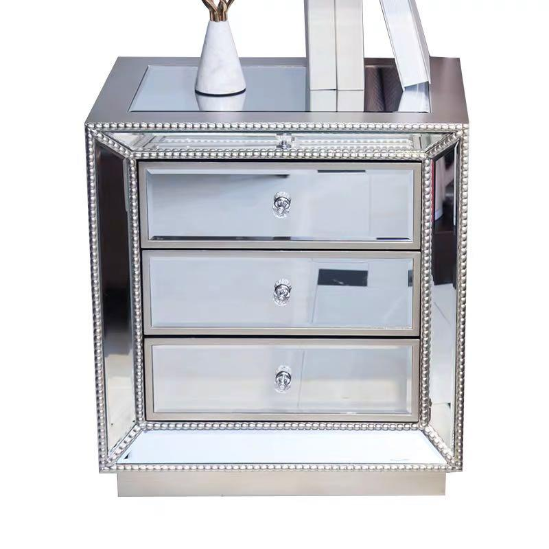 Mirrored Bedside Table With 3 Drawers, 3 Drawer Mirrored Bedside Table