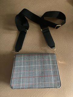 Pomelo Plain Foldover Shoulder Bag