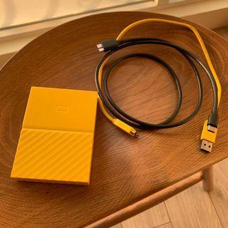 WD My Passport 2.5吋 4TB 外接硬碟 兩台