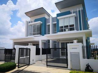 3 Storey Puchong Sounth Area!!! Gated & Guarded [Free All Legal Fee, 0% Downpayment]