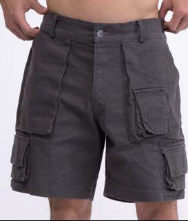 兩側鬆緊多口袋短褲 炭色 (少許瑕疵)
