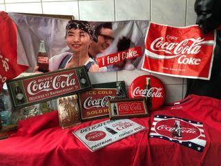 【可樂迷】看過來 Coca Cola 可口可樂 企業 店面 店頭 擺飾 裝潢 酒吧 飲料 廣告旗 鐵牌 招牌 鏡 存錢筒 衣服 早期 8樣合售 也可單買
