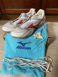 (二手)美津濃 Mizuno 釘鞋 26.5碼
