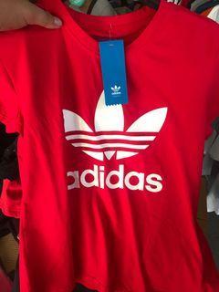 Adidas 衣服
