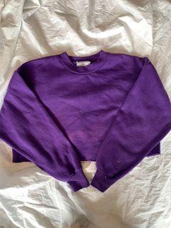 Adorable vintage purple crewneck!
