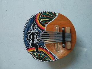 Alat Musik Kalimba Bulat Motif Unik
