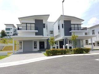 Ampang [Open Concept Double Storey] 22x80 4R,4B Greenery Environment, Near Zoo Negara!!!