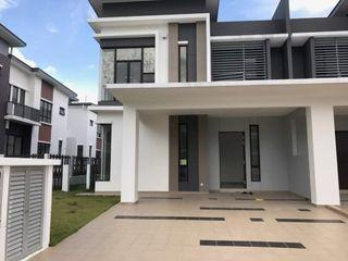 [Below Market Price] Last Unit!! Freehold Double Storey 0% Downpayment, Free All LEGAL Fee