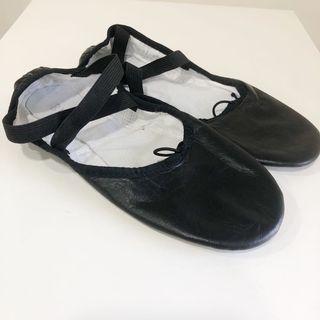 BLOCH UK Leather Ballet shoes