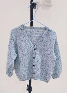 Cardigan baby blue size 3-4 T