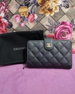 Chanel L Zip Bifold cav #29 db holo