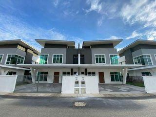Cheras Townhouse Freehold 22x70 0% Downpayment [Near Highway] To Pavillion 15mins only!!!