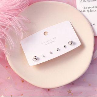 Cute Silver Ear Studs Set