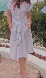 Dress Pantai White
