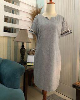Grey motif mini dress