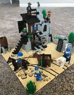 Lego vintage Western Cowboy 6761 - Bandit's secret hide out