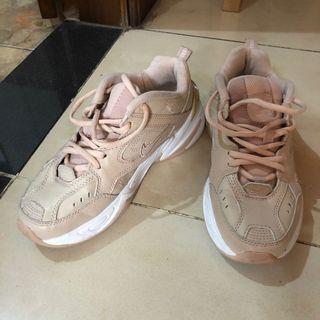Nike M2K Tekno Nude // Sneakers Nike