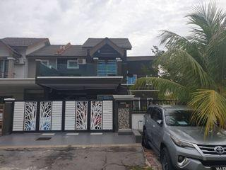 RENOVATED Corner Lot Double Storey Semi D Jalan Alam Suria 16, Bandar Puncak Alam