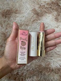 Too Faced Lipstick nude