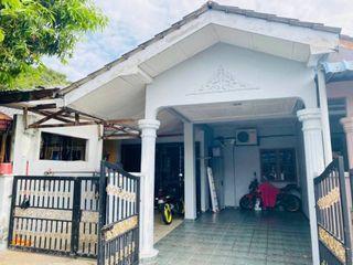 [WTS] Double Storey Taman Puchong Indah