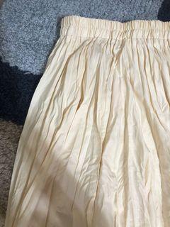 皺皺百褶裙