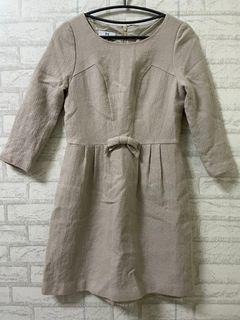 誠可議 Iris Girls艾莉詩 專櫃 秋冬 米色 氣質 洋裝 正式 休閒
