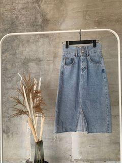 Little closet 正韓連線購入高腰排扣牛仔裙