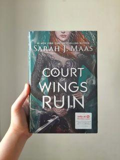 Novel Import Fantasy YA: A Court of Wings and Ruin HC