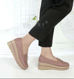 Sepatu Emory Ranata