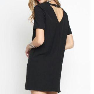 Supergurl love triangle buckle dress black basic
