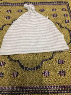 Topi bayi mothercare