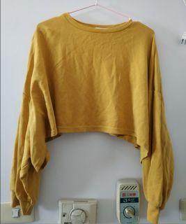 短版薑黃上衣