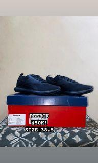 BNWB sepatu Rebook size 38.5