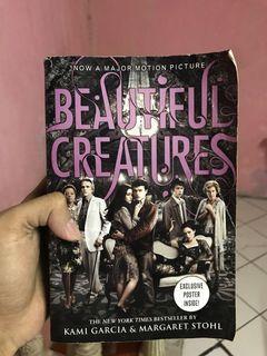 Buku novel beautiful creatures (import)