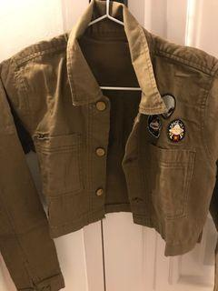 Crop army outer